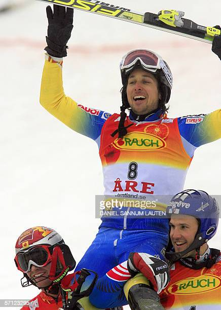 Swedish Markus Larsson celebrates his victory in the slalom of the Alpine Ski World Cup finals 18 March 2006 in Aare northern Sweden Larsson won...