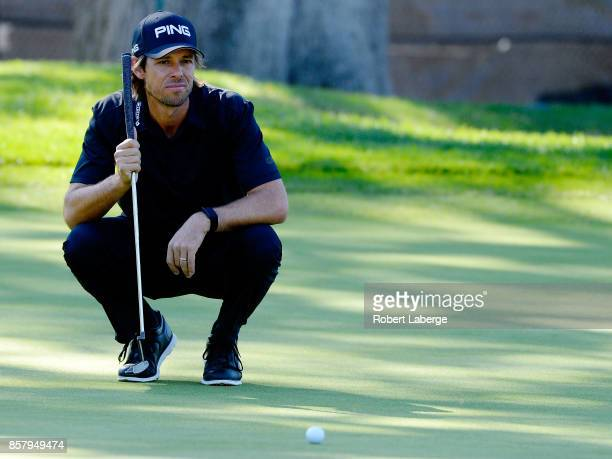 Aaron Baddeley of Australia lines up a putt on the 10th green during the first round of the Safeway Open at the North Course of the Silverado Resort...