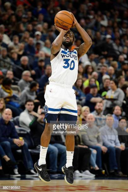 Aaron Brooks of the Minnesota Timberwolves shoots the ball against the Miami Heat during the game on November 24 2017 at the Target Center in...