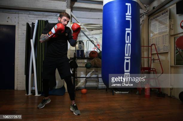 Aaron Chalmers trains on a punch back during the Aaron Chalmers and Paulie Malignaggi Training Session at the Peacock Gym on November 01 2018 in...