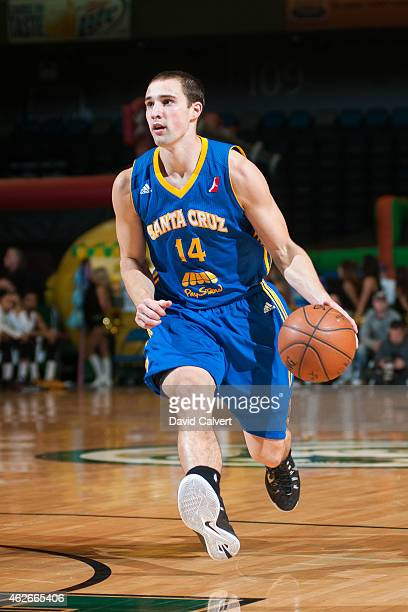 Aaron Craft of the Santa Cruz Warriors drives to the basket against the Reno Bighorns during an NBA DLeague game on January 31 2015 at the Reno...
