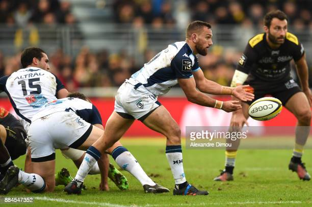 Aaron Cruden of Montpellier during the Top 14 match between La Rochelle and Montpellier on December 2 2017 in La Rochelle France