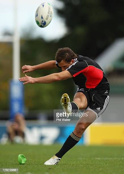 Aaron Cruden of the All Blacks kicks during a New Zealand All Blacks IRB Rugby World Cup 2011 captain's run at Trusts Stadium on October 15, 2011 in...