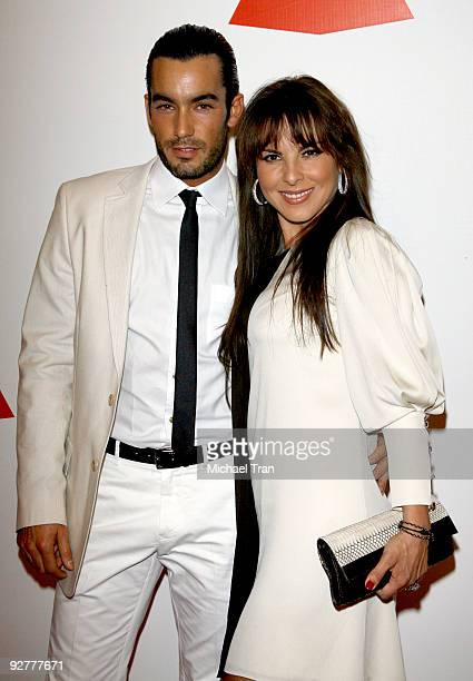 "Aaron Diaz and Kate Del Castillo arrive to the 2009 Latin Recording Academy Person of the Year honoring ""De Fiesta With Juan Gabriel"" held at..."