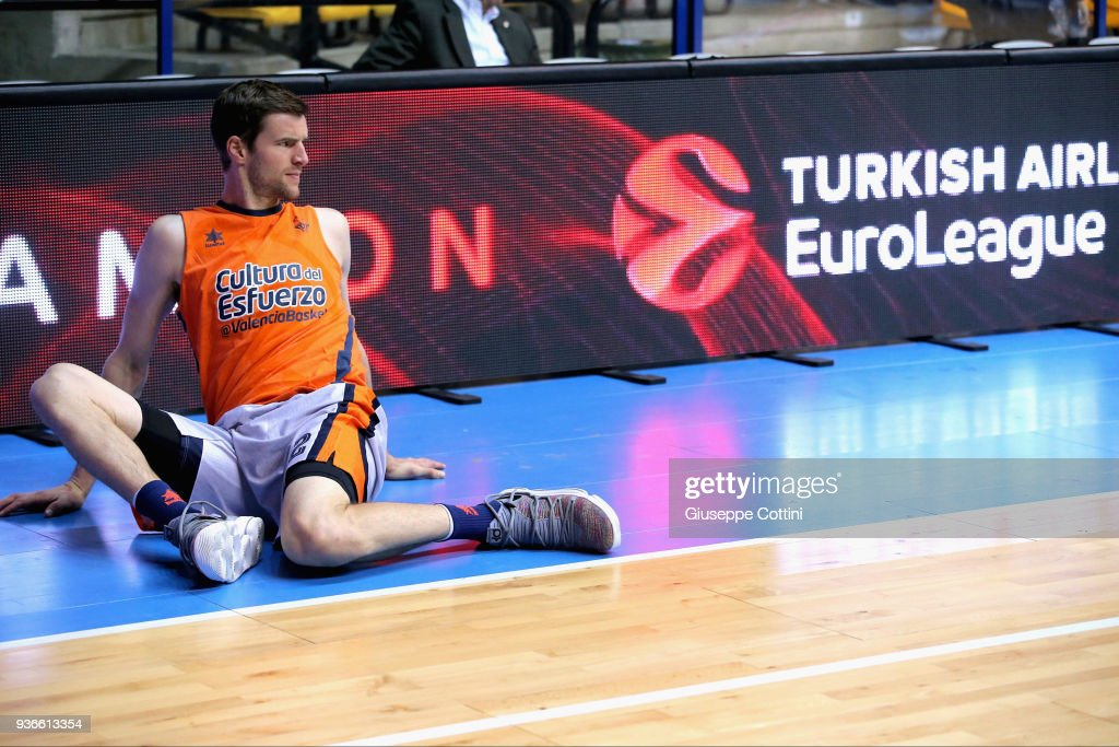 AX Armani Exchange Olimpia Milan v Valencia Basket - Turkish Airlines EuroLeague