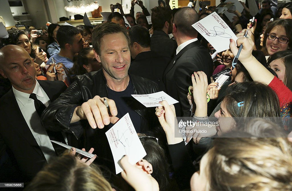Aaron Eckhart Meets fans at Coin on April 6, 2013 in Rome, Italy.