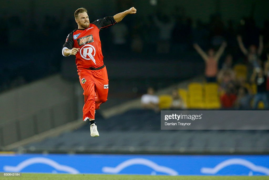Aaron Finch of the Melbourne Renegades celebrates the run out of Adam Voges of the Perth Scorchers during the Big Bash League match between the Melbourne Renegades and Perth Scorchers at Etihad Stadium on December 29, 2016 in Melbourne, Australia.
