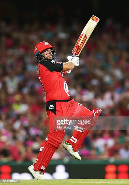 Aaron Finch of the Renegades bats during the Big Bash League match between the Sydney Sixers and the Melbourne Renegades at Sydney Cricket Ground on...