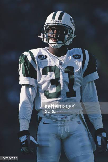 Aaron Glenn Defensive Back for the New York Jets during the American Football Conference West game against the Denver Broncos on 15 October 2000 at...
