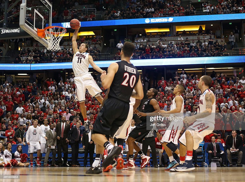 Aaron Gordon #11 of the Arizona Wildcats dunks the ball in the second half while taking on the San Diego State Aztecs during the regional semifinal of the 2014 NCAA Men's Basketball Tournament at the Honda Center on March 27, 2014 in Anaheim, California.