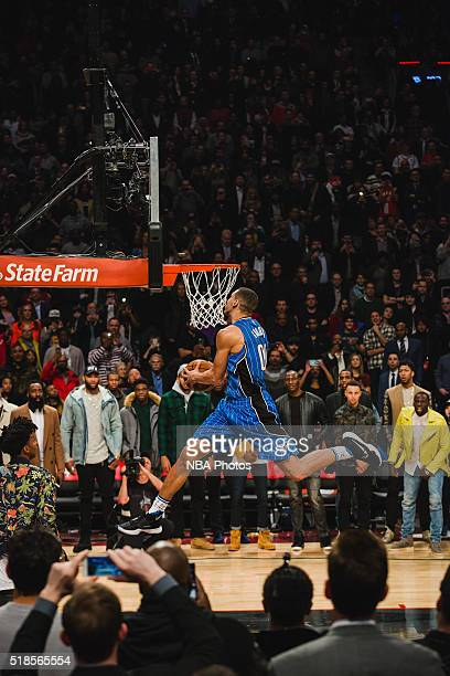 Aaron Gordon of the Orlando Magic dunks the ball during the Verizon Slam Dunk Contest during State Farm AllStar Saturday Night as part of the 2016...