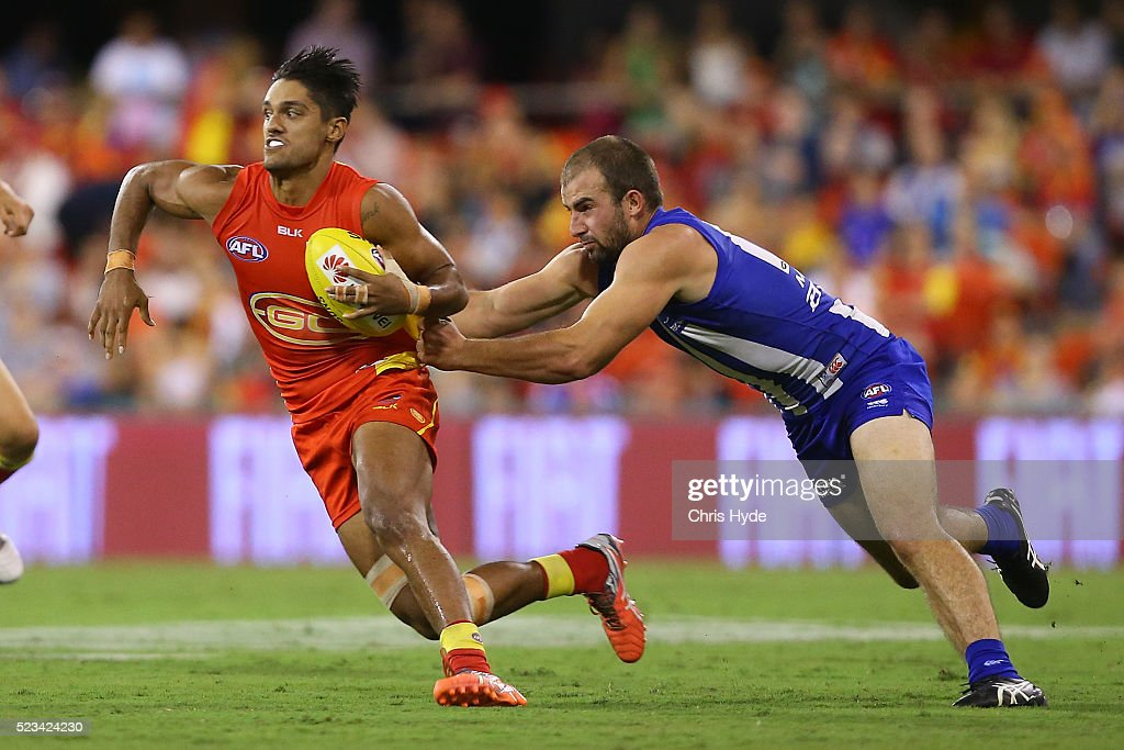 AFL Rd 5 - Gold Coast v North Melbourne : News Photo