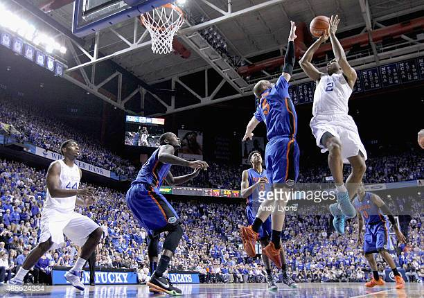 Aaron Harrison of the Kentucky Wildcats shoots the ball during the game against the Florida Gators at Rupp Arena on March 7 2015 in Lexington Kentucky
