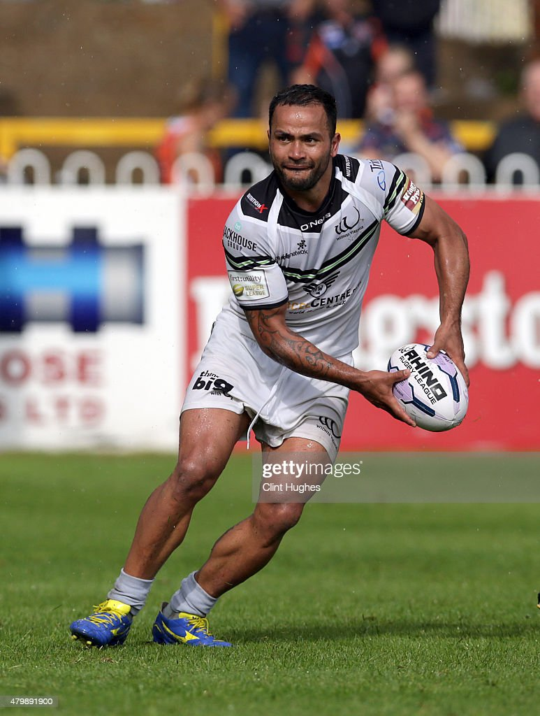 Castleford Tigers v Widnes Vikings - First Utility Super League : News Photo