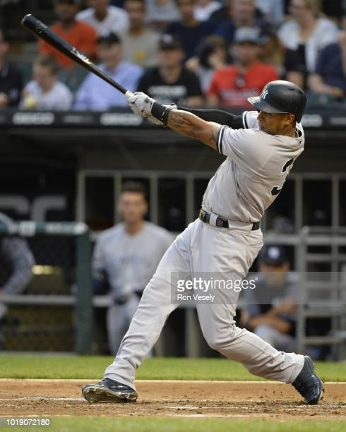 Aaron Hicks of the New York Yankees bats against the Chicago White Sox on August 6 2018 at Guaranteed Rate Field in Chicago Illinois