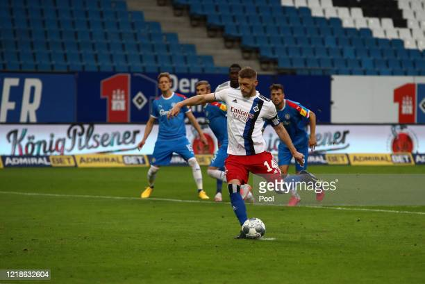 Aaron Hunt from Hamburg scores his teams first goal from the penalty spot during the Second Bundesliga match between Hamburger SV and Holstein Kiel...