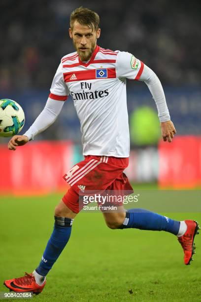 Aaron Hunt of Hamburg in action during the Bundesliga match between Hamburger SV and 1 FC Koeln at Volksparkstadion on January 20 2018 in Hamburg...