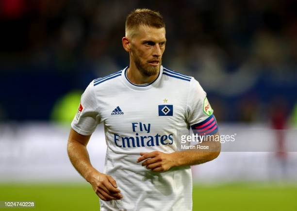 Aaron Hunt of Hamburg in action during the Second Bundesliga match between Hamburger SV and DSC Arminia Bielefeld at Volksparkstadion on August 27...