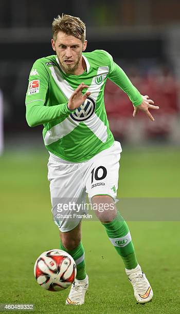 Aaron Hunt of Wolfsburg in action during the Bundesliga match between VfL Wolfsburg and SC Paderborn 07 at Volkswagen Arena on December 14 2014 in...