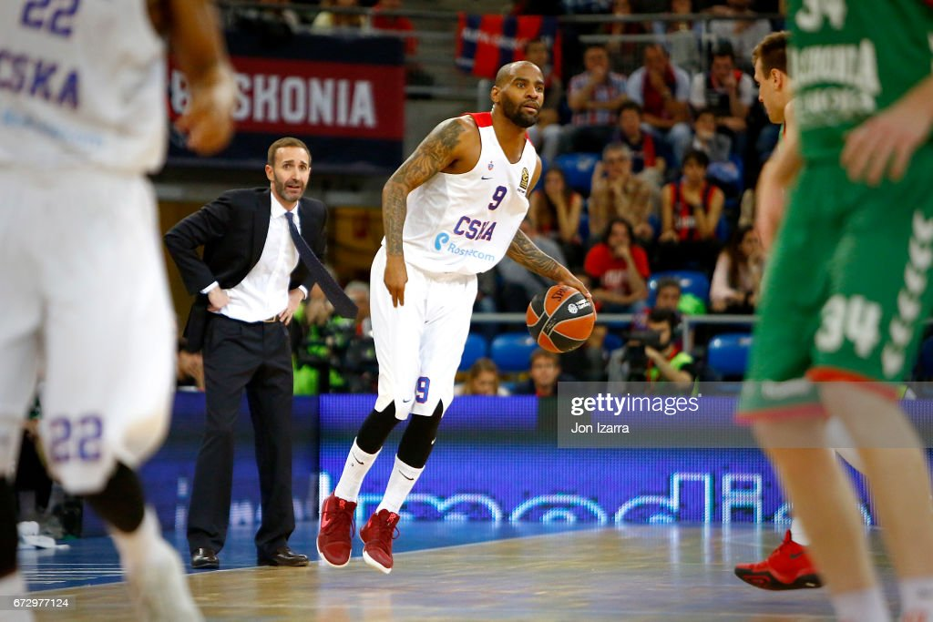 Aaron Jackson, #9 of CSKA Moscow in action during the 2016/2017 Turkish Airlines EuroLeague Playoffs leg 3 game between Baskonia Vitoria Gasteiz v CSKA Moscow at Fernando Buesa Arena on April 25, 2017 in Vitoria-Gasteiz, Spain.
