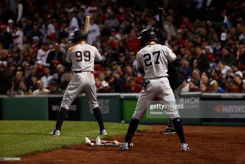 Wild Card Round - New York Yankees v Boston Red Sox : News Photo