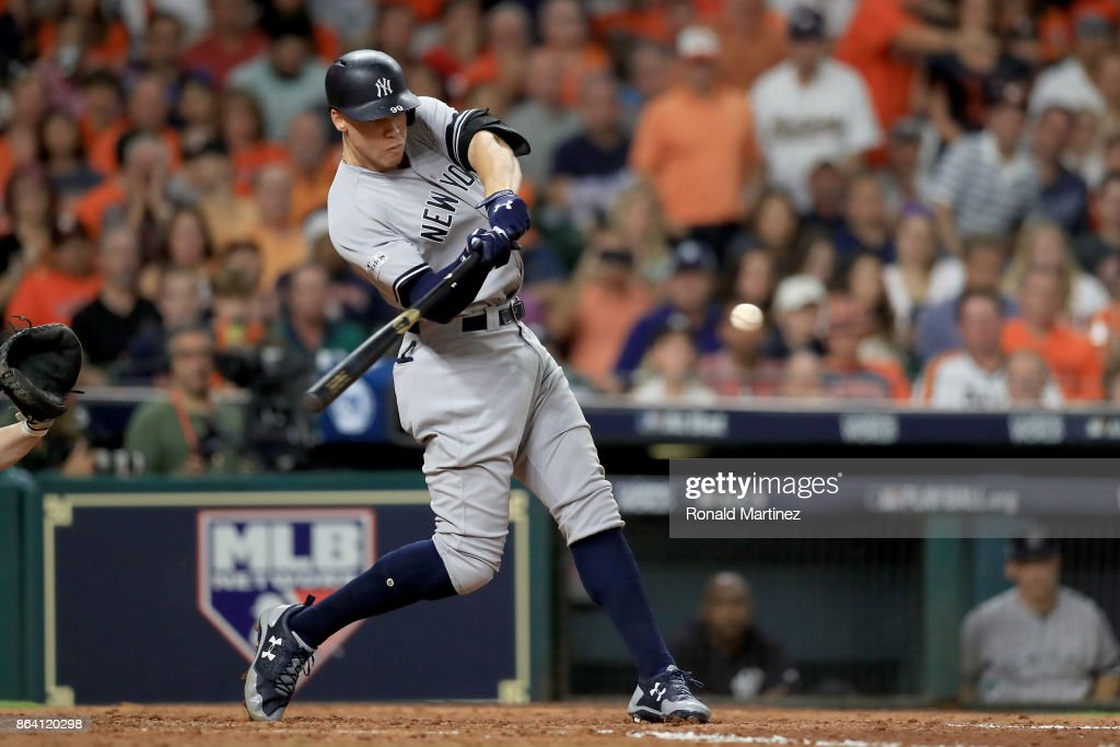 League Championship Series - New York Yankees v Houston Astros - Game Six : News Photo