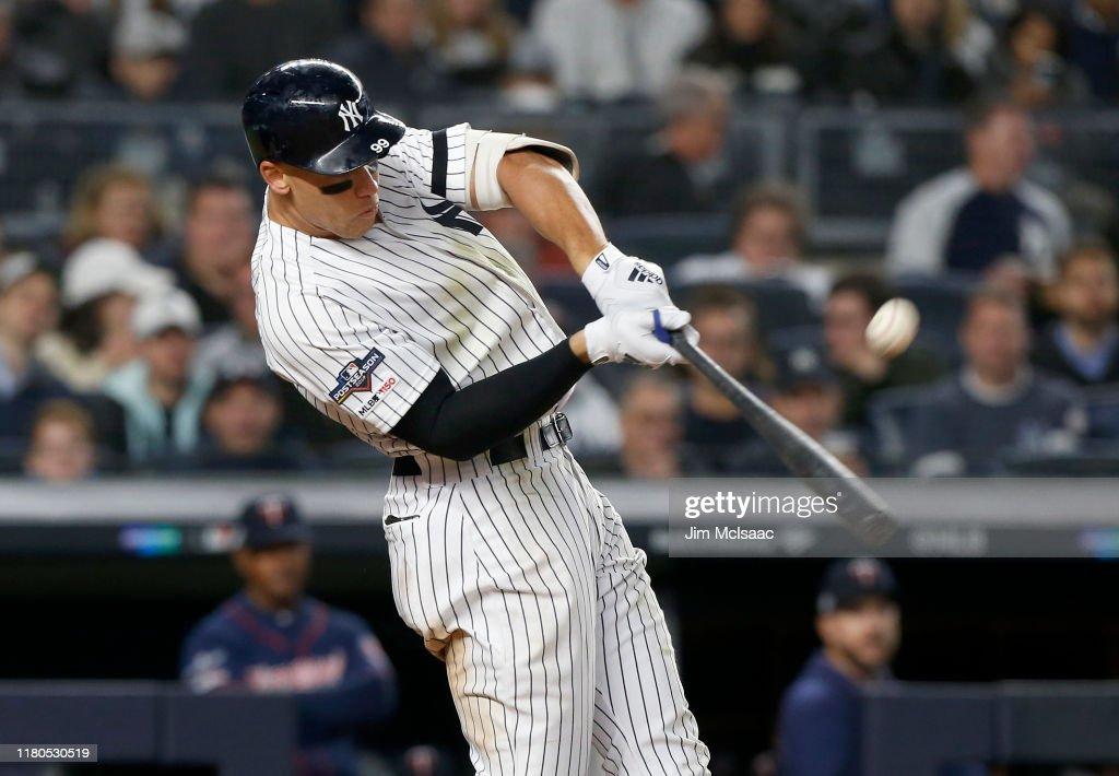 Divisional Series - Minnesota Twins v New York Yankees - Game One : News Photo