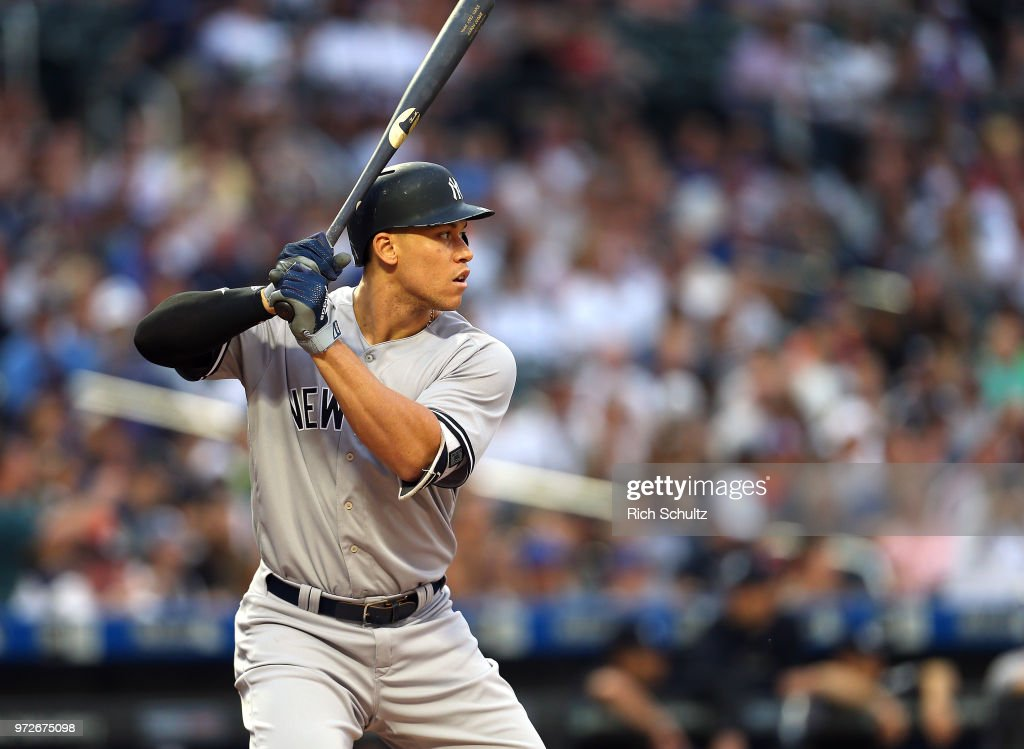 New York Yankees v New York Mets : News Photo