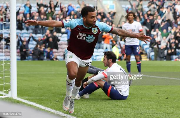 750e4140c19 Aaron Lennon of Burnley celebrates after he scores his sides second goal  during the Premier League