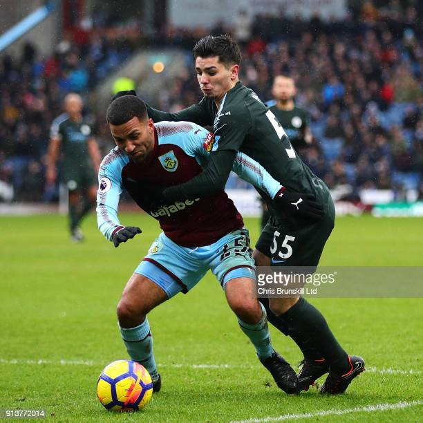 Aaron Lennon of Burnley in action with Brahim Diaz of Manchester City during the Premier League match between Burnley and Manchester City at Turf...