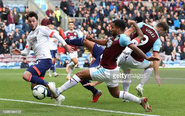 Aaron Lennon of Burnley scores his sides second goal during the Premier League match between Burnley FC and AFC Bournemouth at Turf Moor on September...
