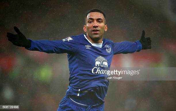 34704a3b87a Aaron Lennon of Everton celebrates scoring his team s third goal during the  Barclays Premier League match