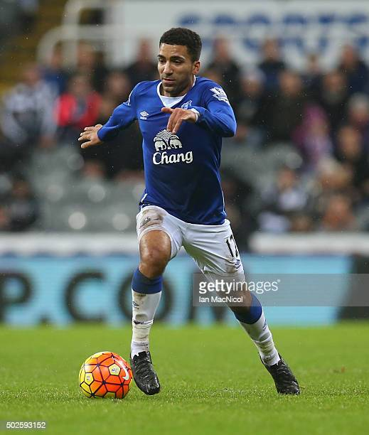 Aaron Lennon of Everton controls the ball during the Barclays Premier League match between Newcastle and Everton at St James Park on December 26 2015...