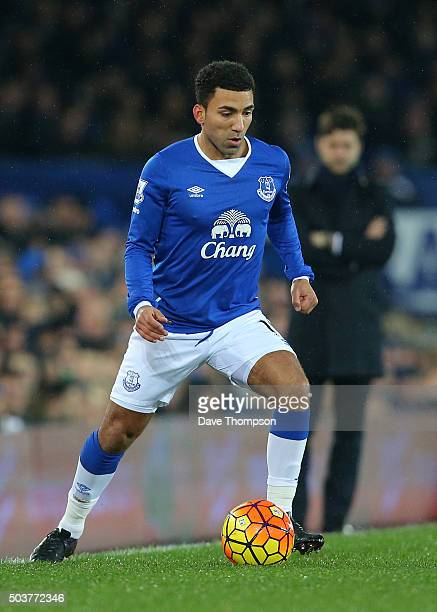 Aaron Lennon of Everton during the Barclays Premier League match between Everton and Tottenham Hotspur at Goodison Park on January 3 2016 in...