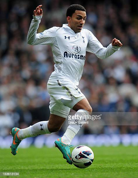 Aaron Lennon of Tottenham Hotspur runs with the ball during the Barclays Premier League match between Tottenham Hotspur and Aston Villa at White Hart...