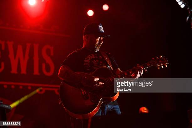 Aaron Lewis performs at Sands Bethlehem Event Center on May 26 2017 in Bethlehem Pennsylvania