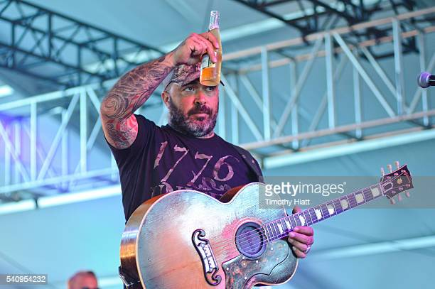 Aaron Lewis performs at the 2016 Windy City LakeShake Festival at FirstMerit Bank Pavilion at Northerly Island on June 17 2016 in Chicago Illinois