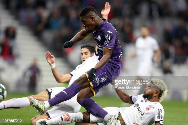 Aaron Leya Iseka of Toulouse scores a goal during the Ligue 1 match between Toulouse FC v Dijon FCO on December 2 2018 in Toulouse France