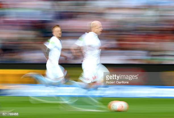 Aaron Mooy of Melbourne City runs with the ball during the ALeague Elimination Final match between Melbourne City FC and Perth Glory at AAMI Park on...