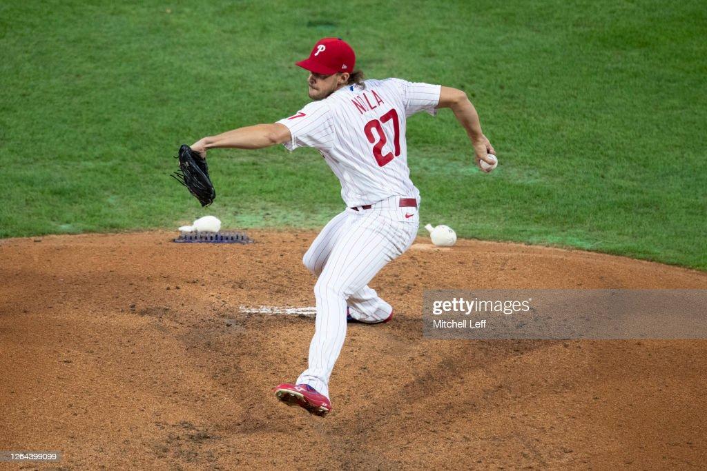New York Yankees v Philadelphia Phillies - Game Two : News Photo