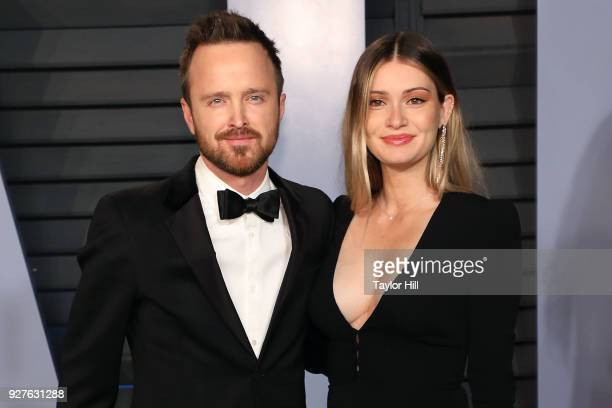 Aaron Paul and Lauren Persekian attend the 2018 Vanity Fair Oscar Party hosted by Radhika Jones at Wallis Annenberg Center for the Performing Arts on...
