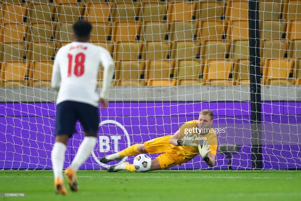 England U21 v Turkey U21 - UEFA Euro Under 21 Qualifier : ニュース写真
