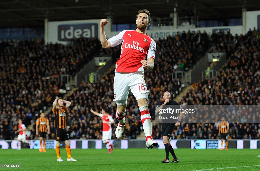 Aaron Ramsey celebrates scoring Arsenal's 2nd goal during the match between Hull City and Arsenal at KC Stadium on May 4, 2015 in Hull, England.