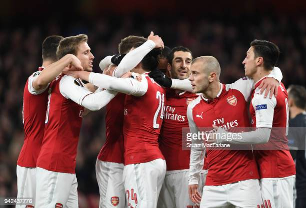 Aaron Ramsey celebrates scoring the 1st Arsenal goal with Nacho Monreal Granit Xhaka Henrikh Mkhitaryan Jack Wilshere and Mesut Ozil during the UEFA...