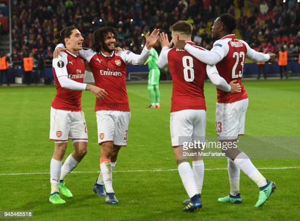 Aaron Ramsey celebrates scoring the 2nd Arsenal goal with Danny Welbeck Hector Bellerin and Mo Elneny during the UEFA Europa League quarter final leg...