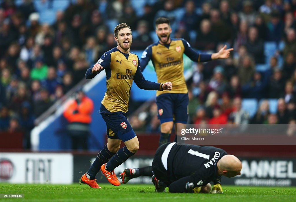 Aston Villa v Arsenal - Premier League : News Photo