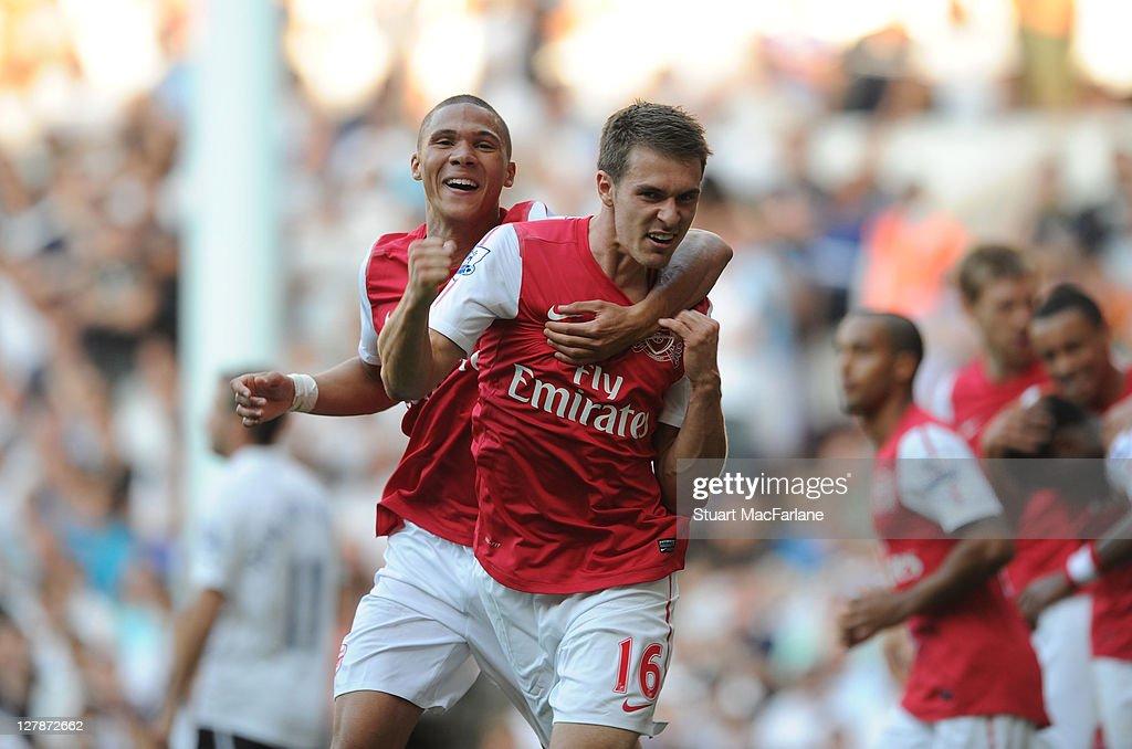 Tottenham Hotspur v Arsenal - Premier League : News Photo