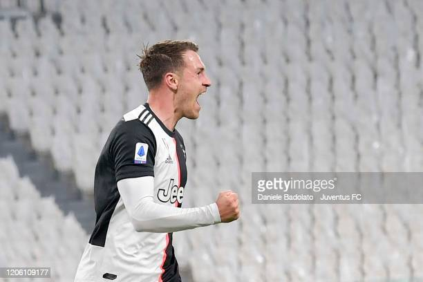 Aaron Ramsey of Juventus celebrates after scoring the opening goal during the Serie A match between Juventus and FC Internazionale at Allianz Stadium...