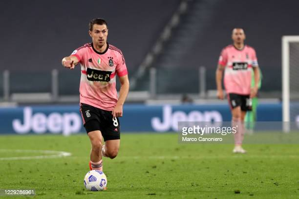 Aaron Ramsey of Juventus FC in action during the Serie A match between Juventus Fc and Hellas Verona Fc The match end in a tie 11