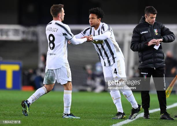 Aaron Ramsey of Juventus is replaced by Weston McKennie of Juventus during the Serie A match between Hellas Verona FC and Juventus at Stadio...
